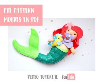 """Patrón de costura de PDF para hacer una muñeca de fieltro inspirado en la Sirenita 11"""" pulgadas de altura."""
