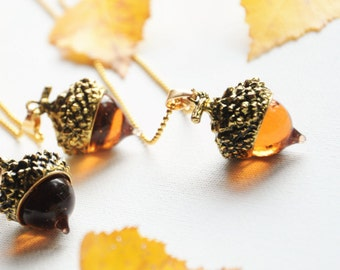 Acorn charm necklace, Gold acorn pendant, Acorn jewelry, Fall jewellery, Forest necklace, Mother nature, Woodland jewelry, NHS nurse gift