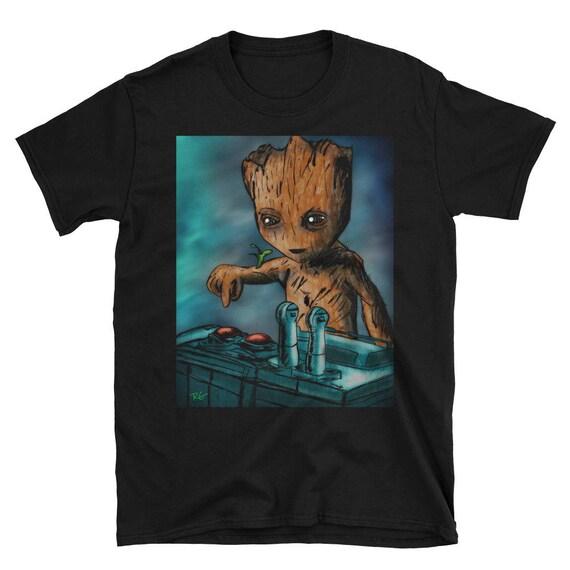 Baby Groot Tod Knopf am besten Verkäufer Kurzarm Unisex T-Shirt  Größen  Small bis 3XL für Männer, Frauen 6c0d6e39f1