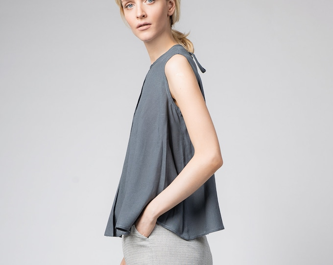 Minimalist gray tunic top, Sleeveless cotton blouse shirt, Gray loose kaftan top , Open backed crop top