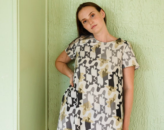 A-line dress - ladies in cages print gray