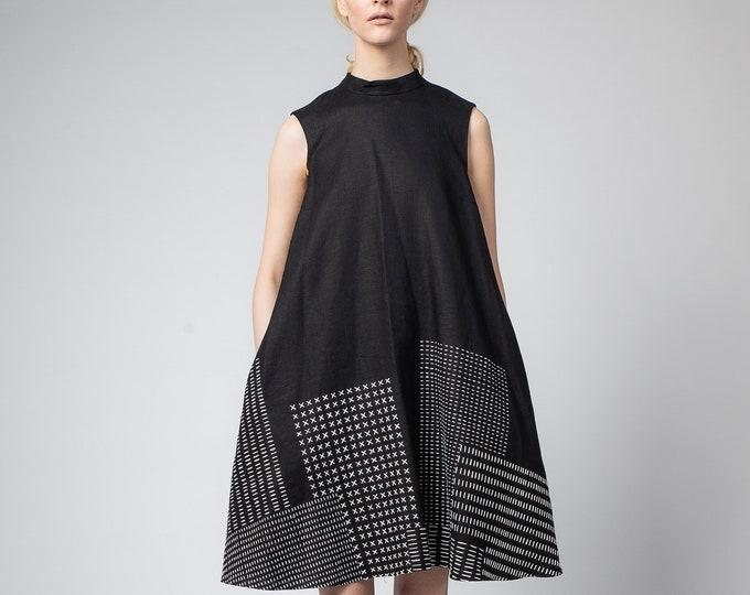 Black linen dress,  Hand embroidered Kaftan dress, Oversize dress, Boho linen dress, Maxi dress,  Boho linen dress, Bridesmaid robes,