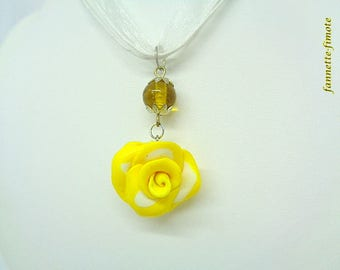"""Flower polymer clay necklace """"connector Indian glass round + Rose"""" yellow and white - handmade"""