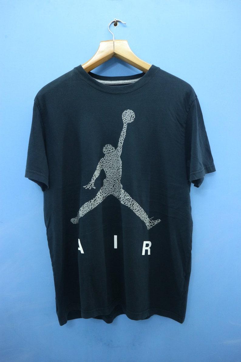 purchase cheap 1aed1 1d2a0 Vintage Nike Air Jordan Big Logo Sport Shirt Street Wear Hip   Etsy