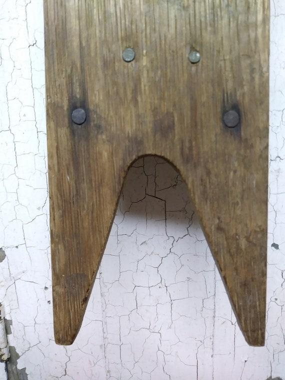 Primitive Antique Wood Boot Jack / Primitive Woode