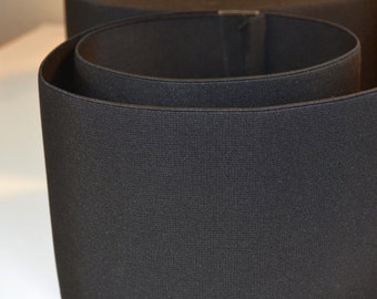 "Elastic Black 4.5"" wide."
