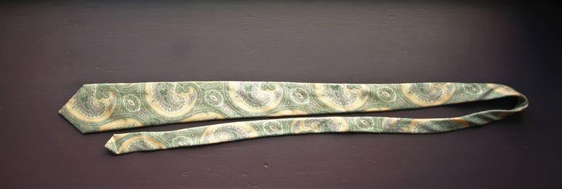 Strathmore All Silk Paisley Tie