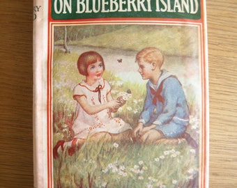 The Bobbsey Twins on Blueberry Island by Laura Lee Hope – 1946 Format 9