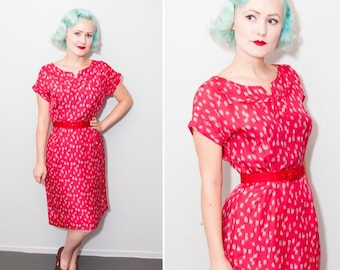 1950's Cherry Red Wiggle Dress with Grey Brush Stroke Print Silk | Size Small