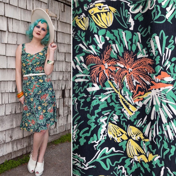 1940s Tiki Hawaiian Print Cold Rayon Dress | Size