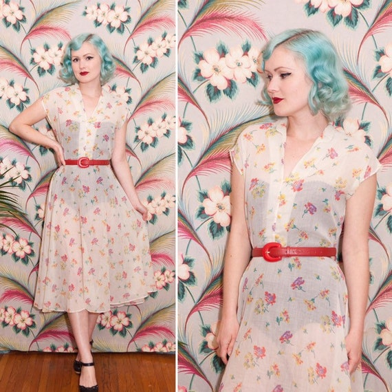 1960s Sheer Floral Print Cotton Day Dress   VOLUP
