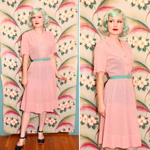 1940s Dusty Rose Pink Sheer Mesh Lace Dress   Size