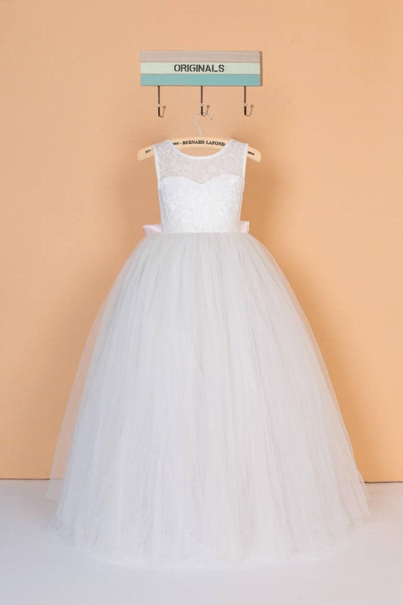 e8243738e145c Blanc robe en dentelle fleur fille robe communion robe en