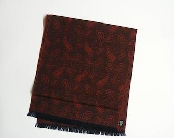 Vintage jacquard wool scarf