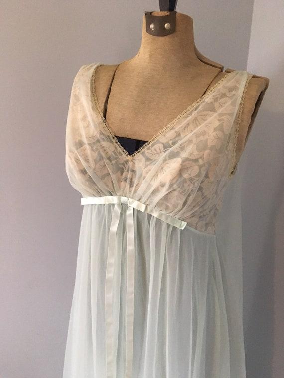 Vintage Vanity Fair Chiffon Shadow line Nightgown
