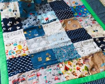 bunte Baby-Patchworkdecke, Decke zum Kuscheln, Geschenkidee zur Geburt,