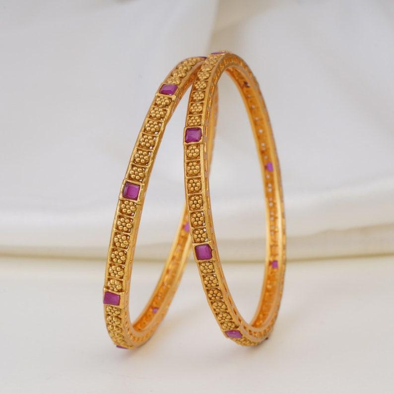 Indian gold pair bangle,Bangle set,Ruby gold bangle,Sleek bangle,South indian jewelry,Light weight bangle,Indian bride jewelry,Kemp bangle