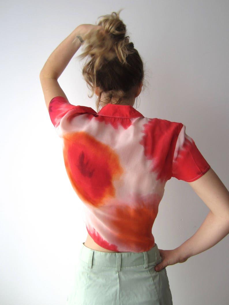 Vintage Women/'s Midriff Shirt Short Sleeve Button Up Batik Shirt Summer Festival Blouse Cropped Tie Shirt Size Medium Cupro Shirt