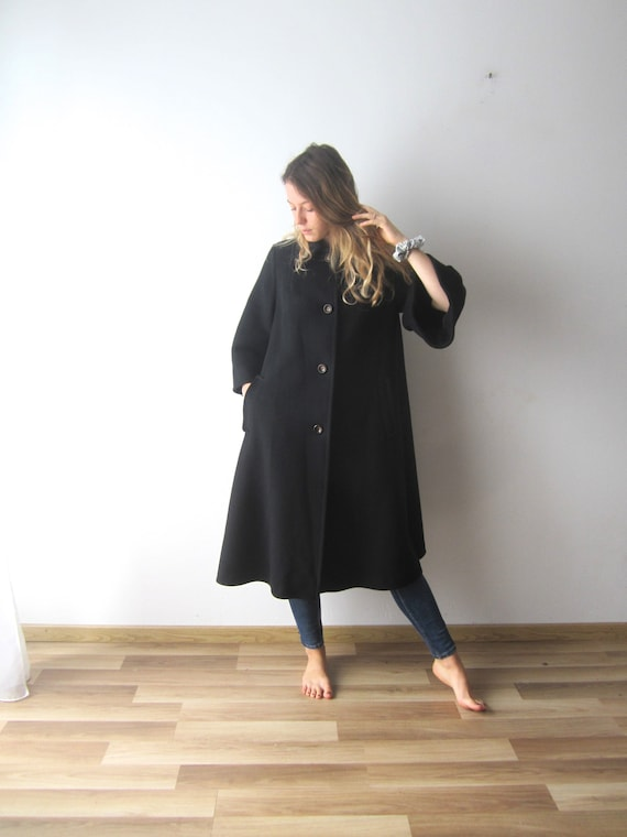 Vintage Black Coat Women's Wool blend Coat Medium