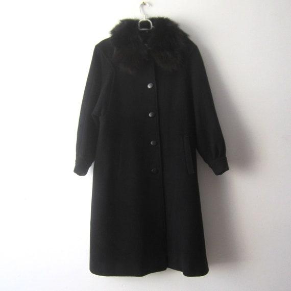 Vintage Black Coat Women's Classic Wool Coat Roman