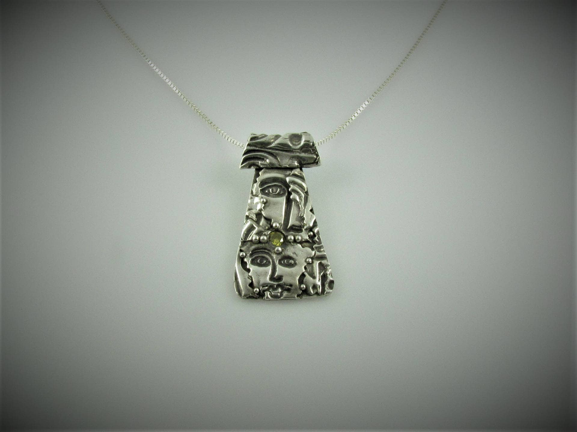 Item 6114 - I See You 999 Fine & 925 Sterling Silver Carved