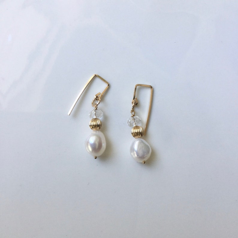 Drop Chunky Fresh-water Pearl Crystal Gold Earrings,Real Natural 10mm White Pearl,Wedding Bridesmaids Dangle Gold,June Birth Stone Gift