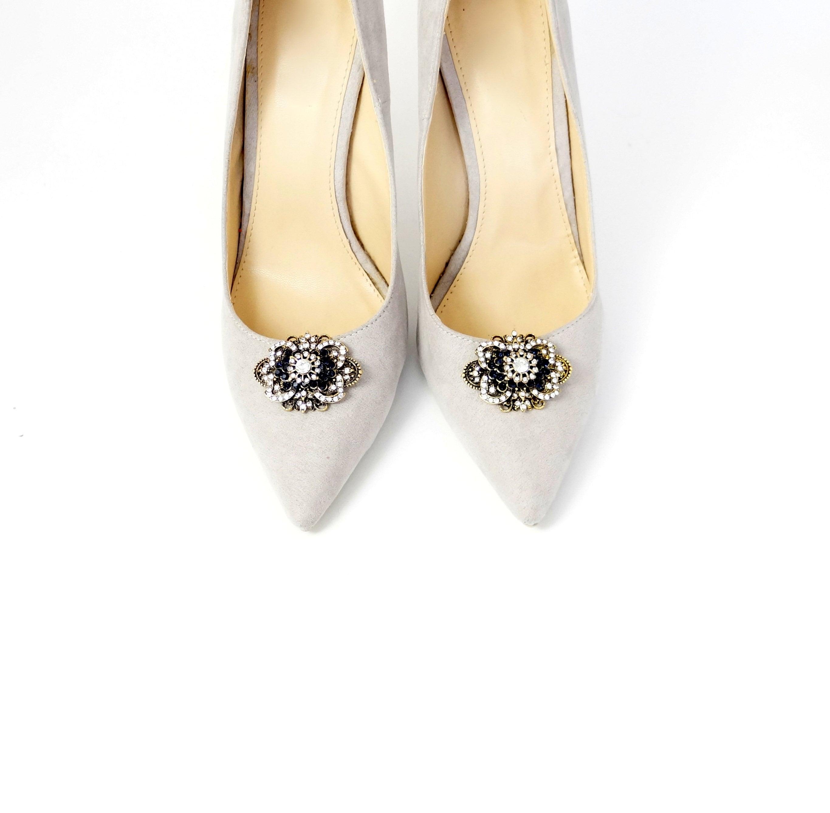 589d9f9736590 Antique gold shoe clips with zircons - Shoe clips Manuu, Shoe jewelry with  zircons
