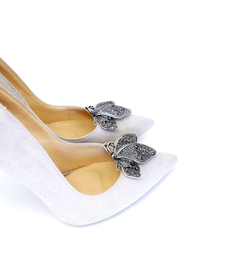 89c9cb401ad7a Silver butterflies with zircons - Shoe clips Manuu, Shoe jewelry butterfly