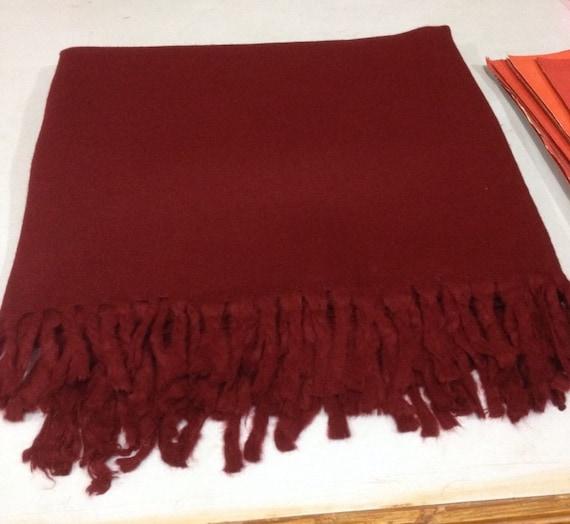 07477fdd808b Châle de méditation de laine de Yak tibétain   moine châle     Etsy