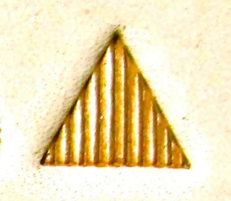 Craft Sha Leathercraft Matting Triangle Beveller Leather Stamp 9mm x 9mm B962