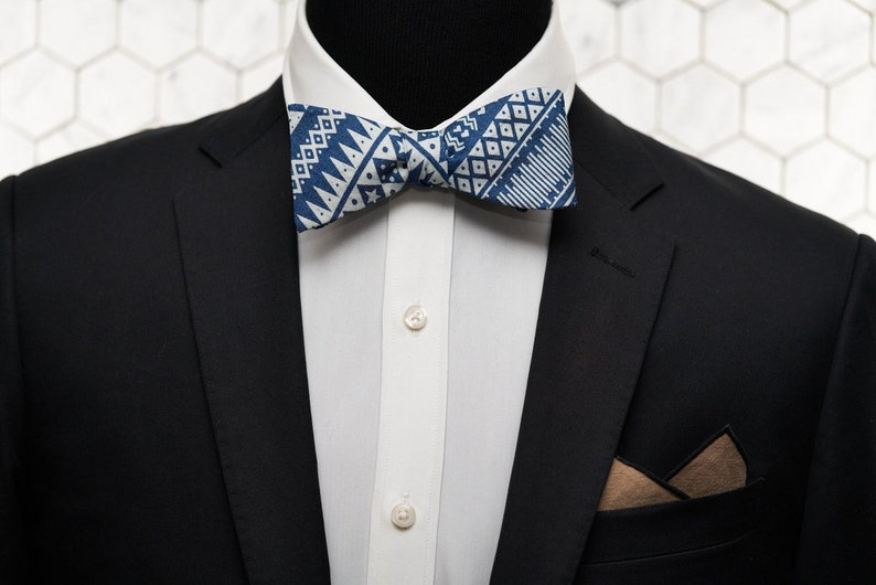 Mens Wedding Blue Bow Ties Denim Bow Tie Novelty Gifts for Him Geometric Aztec Patterned Bowtie Spring Wedding Bowties Bgeometric bowties