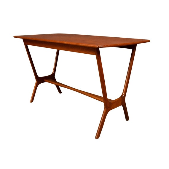 c60213af86a8e Vintage Danish Mid Century Modern Teak Side Table