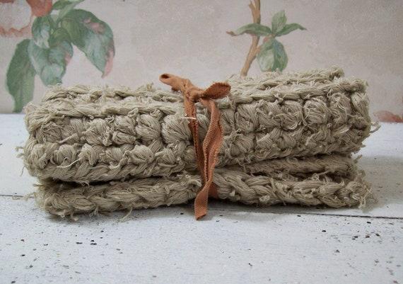 Ensemble de débarbouillettes rustique, épais, incroyablement doux, au crochet de 2, viril à l'ultime ou le féminin à la femme de Homestead, tout coton