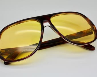 99bee348ef 70s Vintage Bausch   Lomb Ray-Ban Blazer Ambermatic Lenses Tortoise  Sunglasses USED