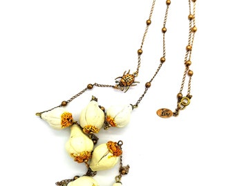Vegetable jewelry. White Garlic with Ladybug long necklace . Gift for a garden lover. Handmade ceramic. Unique piece.