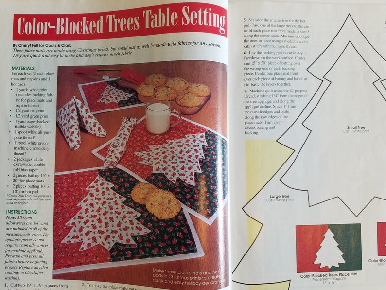 QUILT WORLD Magazine Jan 1995 Christmas Gingerbread Quilted House Panda Quilt Xmas Place mats 10 Quilt Projects Santa Wall Hanging