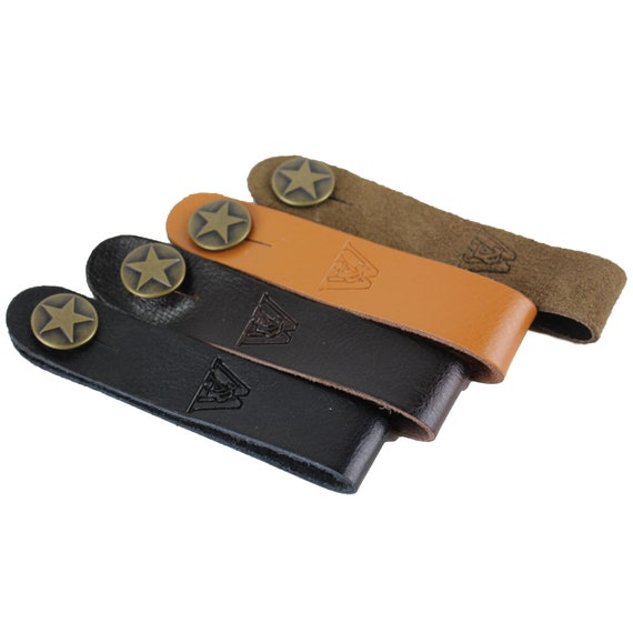 Brown Carving Leather Acoustic Guitar Strap Button Headstock Adaptor Walker /&...