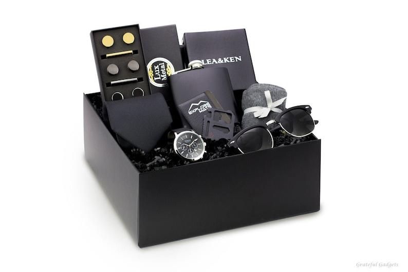 professional menswear gift box set - college graduation gifts for him idea