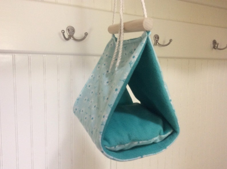 Hanging bird tenthouse   Size small