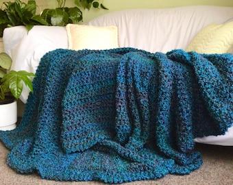 Queensize super soft cosy teal green throw rug blanket and bedrunner,boho Aquamarine bedroom decor throw,lacy green coastal living decor