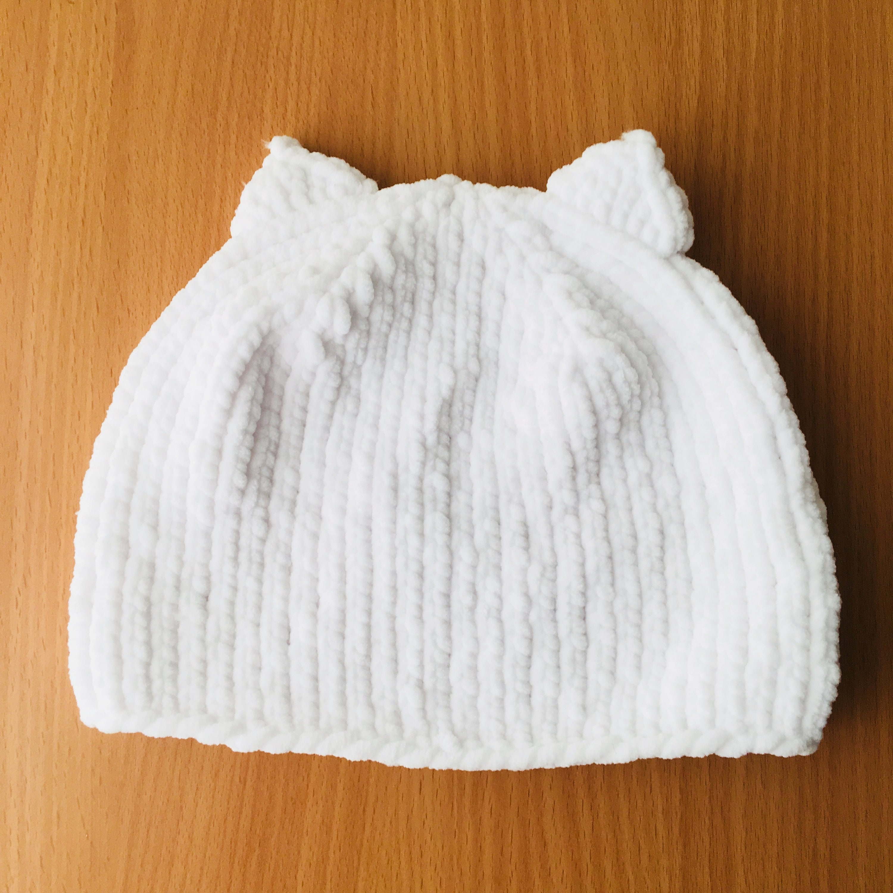 White Baby cat hat Soft knit baby hat hand knitted newborn hat  6c36be8901b