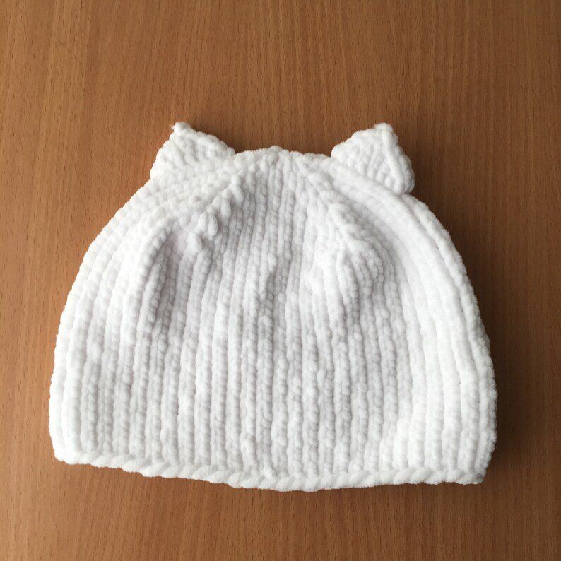 c679e88fb39 White Baby cat hat Soft knit baby hat hand knitted newborn hat 1-3 month  baby ca... White Baby cat hat Soft knit baby hat hand knitted newborn hat  1-3 month ...