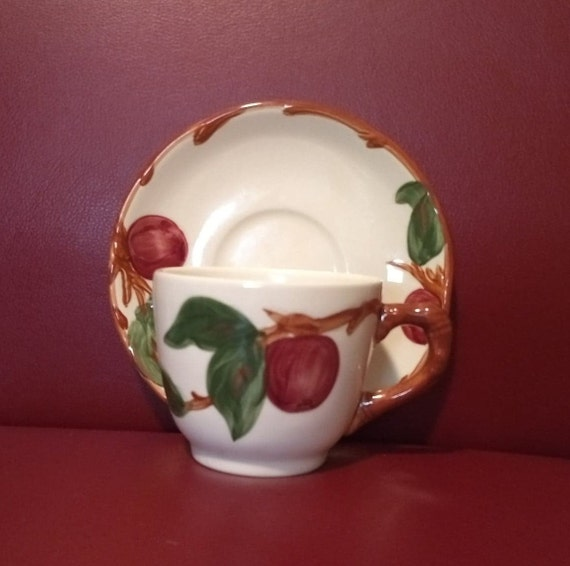 """FRANCISCAN CHINA APPLE Cup /""""MADE IN ENGLAND/"""""""