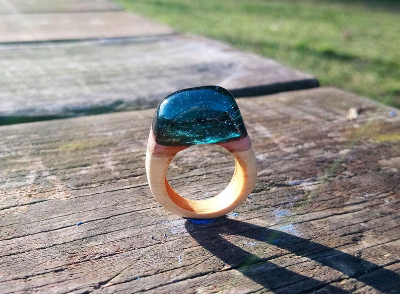 Blue resin ring, Wood ring women, Class ring, Anniversary ring, Anniversary  gift for women, Rings wood and resin, Class rings, Ring unique