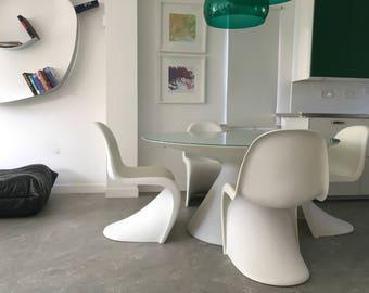 4 x Genuine Vintage Retro Design White Verner Panton Chairs by Vitra