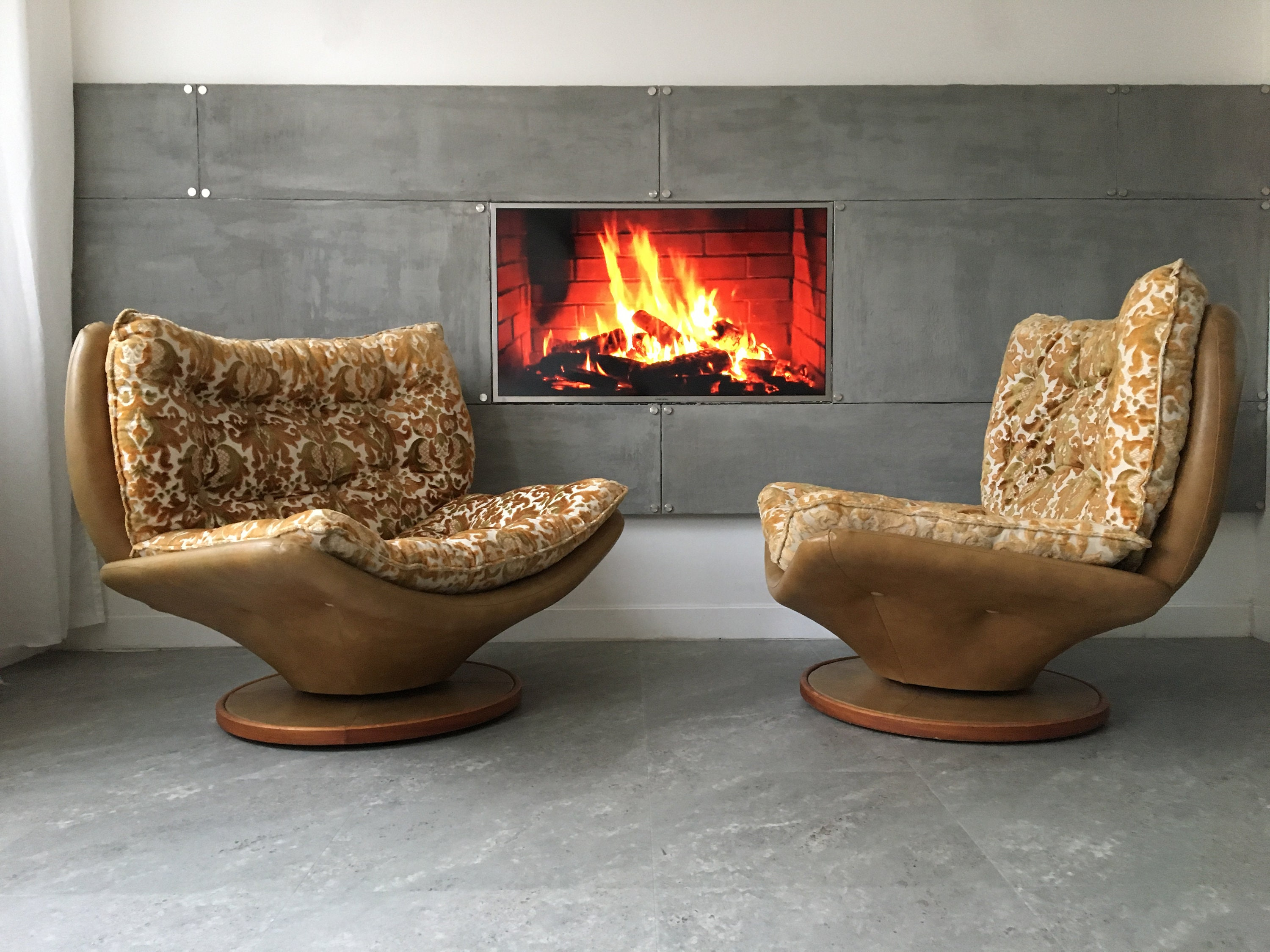 Vintage Design Retro Swivel Egg Chairs Armchairs Chaise Longue Set Of 2