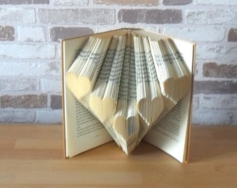 Folded book-heart//Bookfolding//book art//Gift//Love//Valtentinstag//Mother's Day//book sculpture//book type