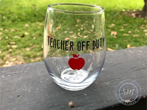 Professeur hors service à vin en verre