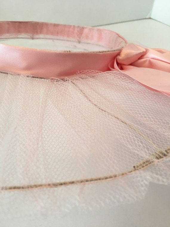 Vintage Open Crown Wide Brim Hat ~ Tulle Ribbon a… - image 9