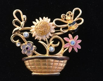 KC Brooch ~ Pin ~ Basket of Flowers and Bee ~ Gold tone & Enamel ~ Vintage
